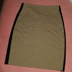 Mossimo pencil skirt size small